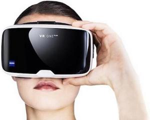 卡尔・蔡司VR One Plus