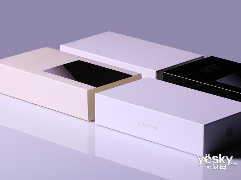 锤子坚果3(32GB/全网通)